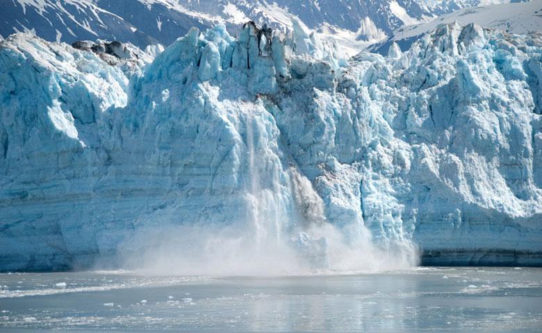 笑顔は氷河の崩壊のごとく現れる