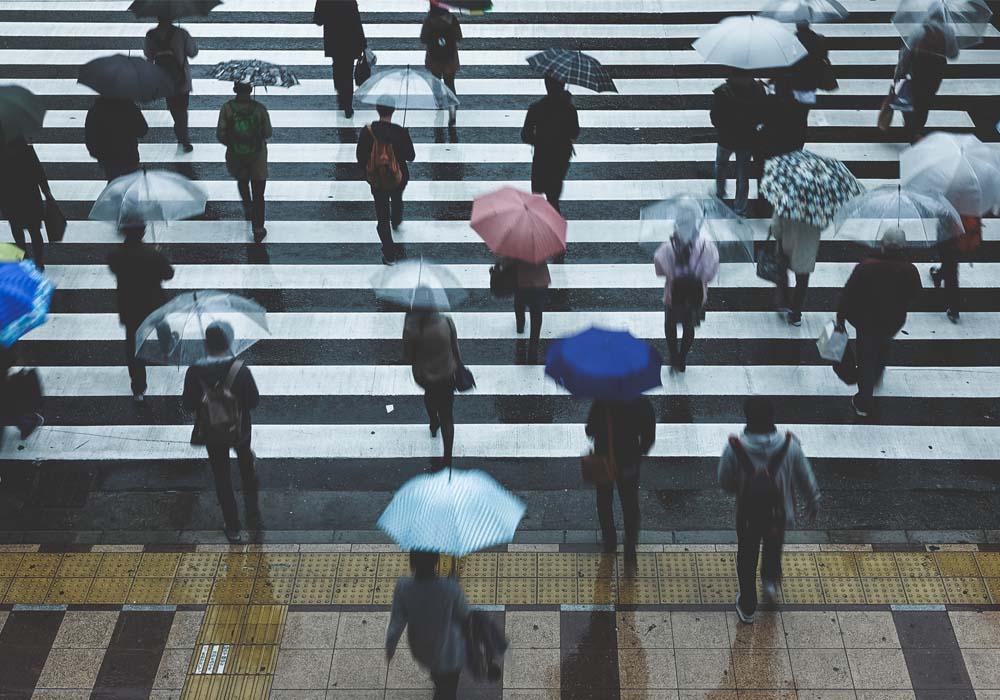 梅雨の日本(イメージ)